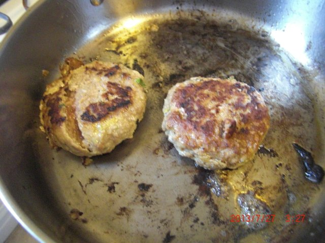 how to make pork burgers from scratch